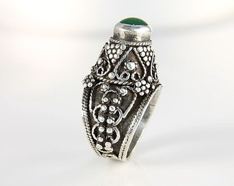 Bedouin Ring bedouin jewelry, Tall Chrysophrase Ring, silver 950 size 9 Tower Ring Middle Eastern