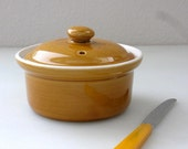 Hall Individual Baking Casserole Bowl Lidded Covered Dish Ovenware Hall 63 Onion Soup Baking round crock ovenware Hall pottery Bakeware