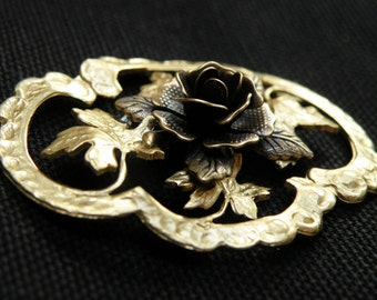 romantic  brooch with magic rose