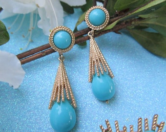 Vintage AVON Faux Turquoise Dangling Clip Earrings