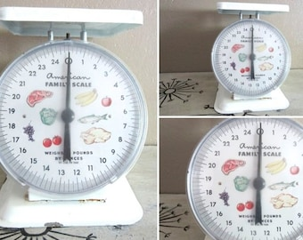 Vintage Kitchen Scale American Family Scale White Scale Shabby Decor Farmhouse Decor Black and White Way Rite Scale