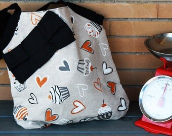 Tote Bag with hearts and cupcakes