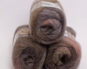 Amazing Wool and Acrylic Yarnn from Lion Brand Olive Medley