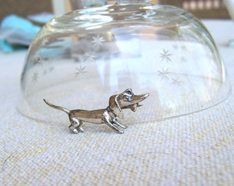 Dachshund brooch Doxie sterling silver modernist weiner dog dog pin sterling silver vintage ADORABLE jewelry bargain