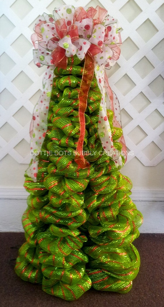 Lime green red striped mesh christmas tree w lights for Red and green christmas tree