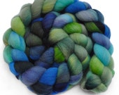 Handpainted roving - BRACKISH WATER - Falkland wool spinning fiber, 4.0 ounces