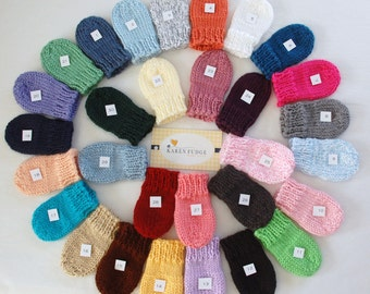 Winter is coming, Knit THUMBLESS MITTENS, Baby Mittens, Baby Mittens with String, Mittens with string, baby boy, baby girl,Preemie/24 Months