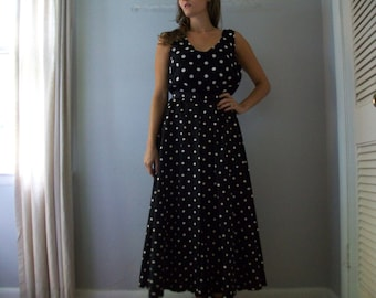 SALE 1950's Polka dot Maxi Skirt- Holiday Skirt (( Size Extra Small to Small  0-2))