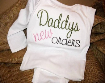 Sweet Embroidered bodysuit for Baby Girls and Boys - Personalized FREE