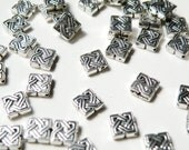 20 Celtic Knot diamond spacer beads antique silver 9mm DB28000