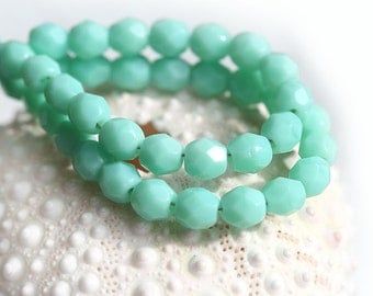 4mm Mint Green Czech glass beads, Fire polished, Seafoam Green round spacers - 50Pc - 1090