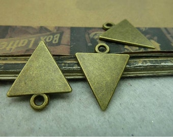 25 pcs 15x20mm antique bronze triangular triangles charms pendants fc99915