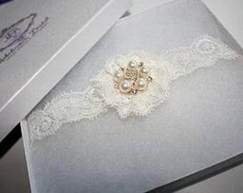 Ivory Garter Set / Wedding Garter - Simply Lace Bridal Garter Set
