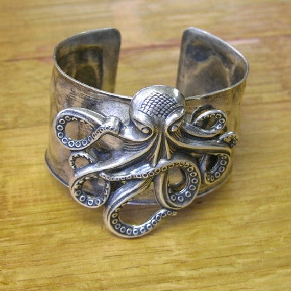 Steampunk Victorian Antique Classic Silver Octopus on Hammered Cuff Bracelet