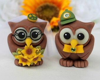 Wedding love bird owl cake topper, owl bride with glasses and peace sign, sunflower bouquet