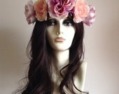 Large blooms, flower headband in lavender and pastel pink. A summer festival must have. Roses and daisies.