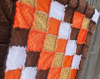 Orange & Brown GIRAFFE Rag Quilt/Blanket! Perfect baby shower gift or birthday gift, ADORABLE baby nursery bedding/quilt