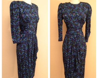 Beautiful Floral 80s Does 40s Pinup Rockabilly Dress Long Sleeve and Knee Length in Dark Blue Indigo Rose Print Size 7 8
