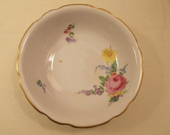 Dresden Vegetable Bowl With Flowers