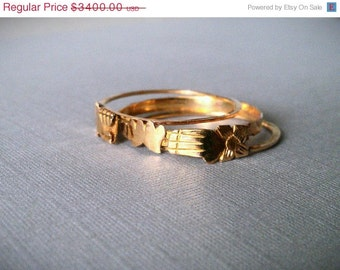 CLEARANCE SALE First Love - Rare Victorian Solid 18k Gold Fede Gimmel Ring