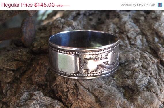 Antique Sterling Silver Rosebud Wedding Band Engravable