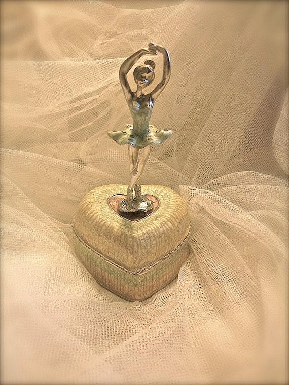 Vintage ballerina jewelry box ballerina ballerina by bequeath for Vintage antique jewelry box