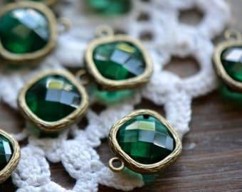4 - Square Jewel Charms EMERALD Drop Gem Jewels Square 12mm Antique Bronze Plated Brass Bezel Dark Green (AW021)