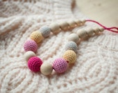 Teething necklace / Crochet nursing necklace - Shades of pink, Yellow, Grey