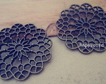 10pcs  Antique Bronze flowers  pendant charm 38mm