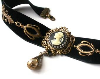 Victorian Choker Black Velvet Choker Cameo Choker Cothic Choker - Victorian Gothic Jewelry