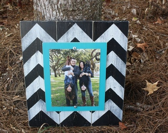 Chevron Picture Frame, Wood 8x10 Frame, Distressed Picture Frame,  8x10 Picture Frame, Wood Plank Frame, Chevron Frame, Brown and Aqua