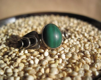 New Price! Mexico Sterling Ring with Malachite Size 8
