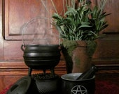 Cast Iron Simmering Spell Pot and Stand: spells, apothecary, altar, ritual, spellwork, witchery, witches, cooking, kitchen witch, spell pot