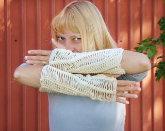 Buttercream Fingerless Mittens, Hairpin Lace Long Arm Warmers, Cream Lace Mitts, Long Fingerless Mittens, Off White Wrist Warmers