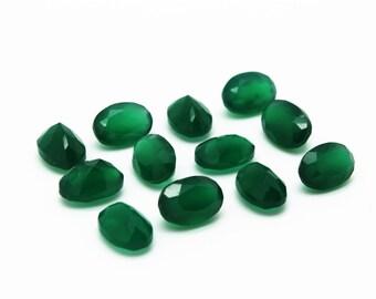 GCF-1036 - Green Onyx Gemstone - 7x10mm Oval - Calibrated Gemstones - AA Quality - 1 Pc