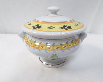 Henriot Quimper Pottery Individual Lidded Soup Bowl/Tureen (W743)