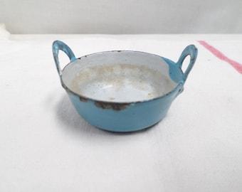 French Antique Toy doll's tea party miniature enamel cooking pot circa 1900  (W777)