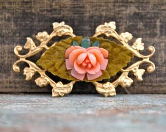Vintage brooch/pin