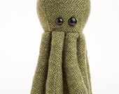 RECYCLED Tweed Octopus