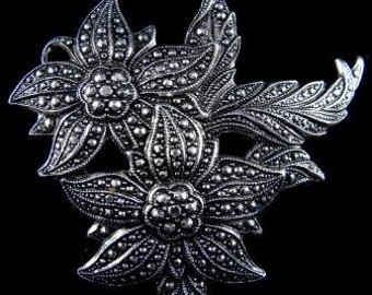 German Eloxal Brooch Glittery Floral Design Signed Vintage Jewelry Christmas Gifts