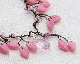 Pink Nature Inspired Leaf Necklace, Beaded Necklace leaves and crystals, Nature Jewelry, Woodland Wedding