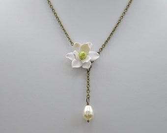 White Magnolia and Pearls simple Necklace, Southern Magnolia Necklace, Southern Magnolia Jewelry, White Magnolia Necklace