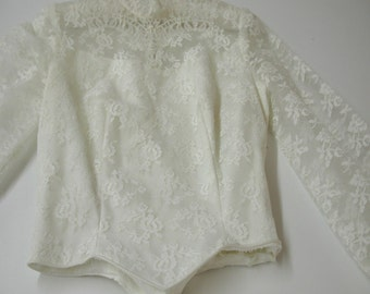 No. 500 Vintage White Chantilly Lace Bridal Bodice With Long Sleeves (probably a 4-6 size)
