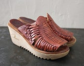 70s Wedge Platform Shoes w/ Woven Leather and Rubber Heel sz 5