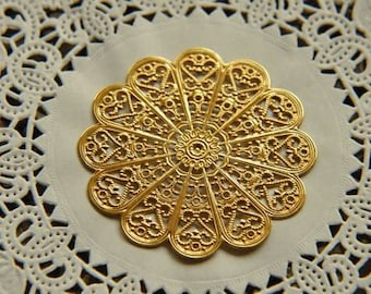8 pcs raw Brass plating gold flower Filigree cab base Connector Finding