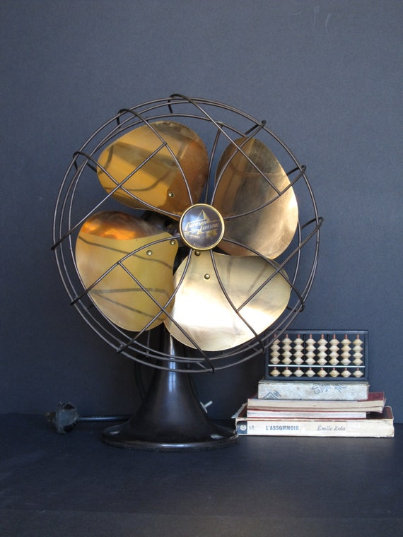 Antique Emerson Fans : Vintage oscillating emerson electric fan with brass blades