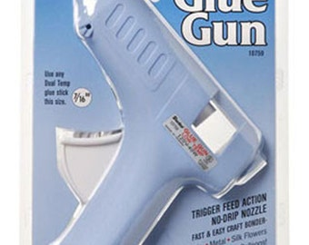 Darice® Low Temperature Full Size Glue Gun with 2 Glue Sticks (10759)
