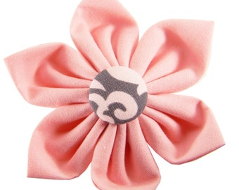 Pink Dog Collar Flower; Collar Accessory: Baby Pink Damask