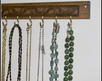 Leaf - Necklace Hanger - Organizer - Wall Mounted - Wood - Stained