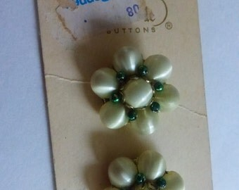 Vintage LaMode 1 Inch Buttons on Card